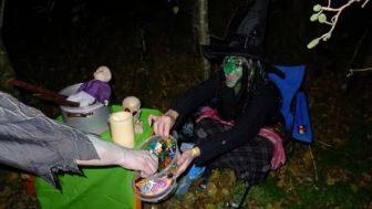 En zoals het ook hoort bij een heks..lijkt het hier net of ik zweef!